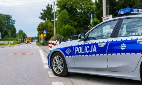 Policjanci sprawdzali oznakowanie dróg w rejonie szkół i przedszkoli